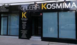 Fachada de la nueva galería de arte y joya de autor, Kosmima.