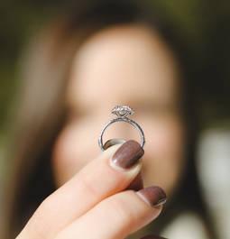 Los minoristas de EE.UU que ya venden diamantes creados llegarán al 50% este año