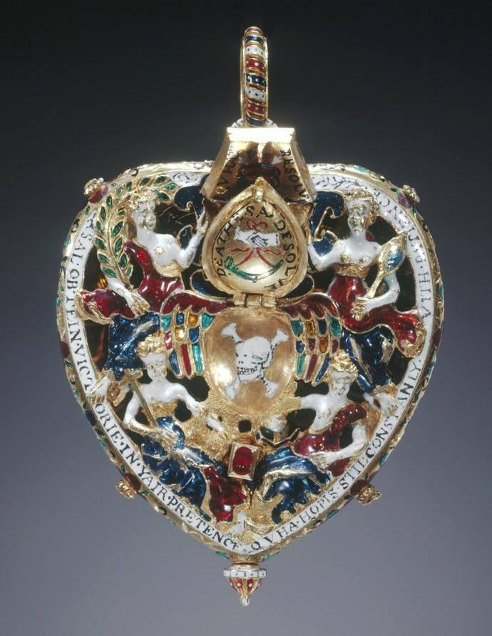 El medallón Lennox, una joya con auténtico misterio