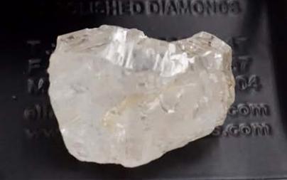 Angola estrena el año con una piedra de 117 quilates