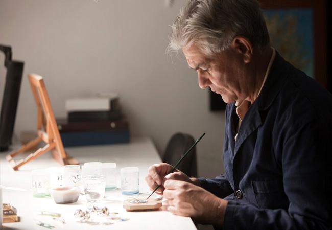 La alta joyería con esmaltes pasa a la era digital: Luis Vallés