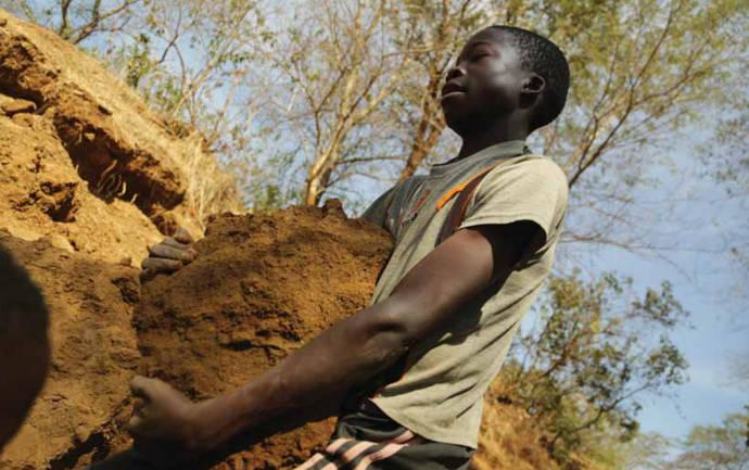 La firma joyera Signet responde a las críticas de HRW