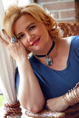 Raquel Lobelos