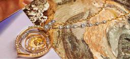 De Beers sigue promoviendo el diamante con diseñadoras de prestigio