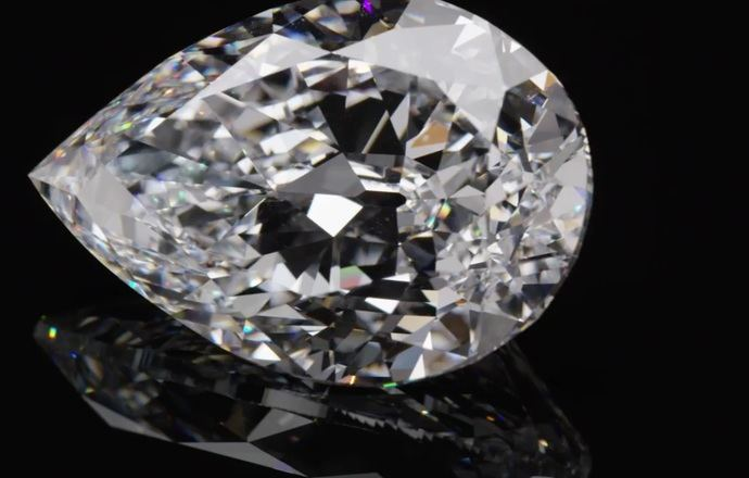 Sotheby's subasta The Key 10138, el segundo diamante de pera más grande en el mercado público