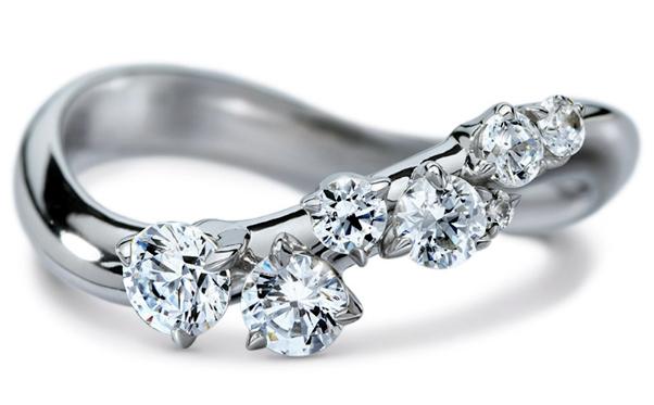 Swarovski emplea ya diamantes sintéticos