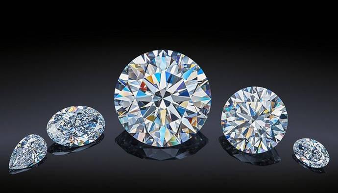Más de 130 compradores pujan por los diamantes de la colección The Dynasty