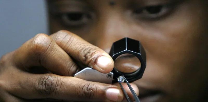 Tiffany redobla su apuesta por la ética en el diamante