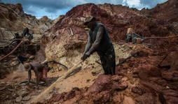 Muerte, caos y corrupción en la extracción de oro en Venezuela