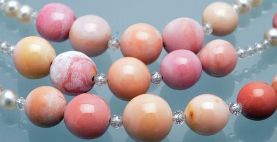 El misterio del collar de perlas naturales guardado en la caja fuerte