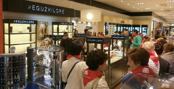 La casa de joyer a eguzkilore inaugura una boutique en la - Planta baja en ingles ...